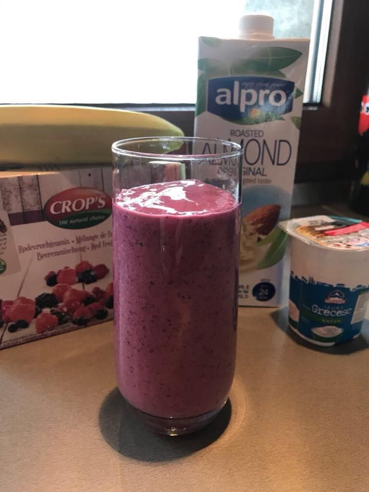 shake cu fructe de padure